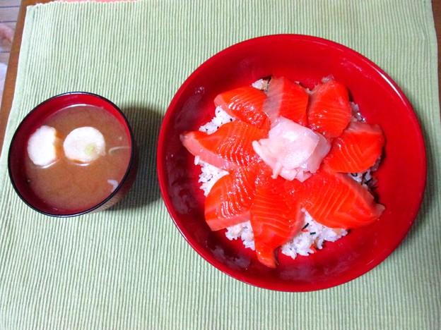 漬けサーモン寿司・・・
