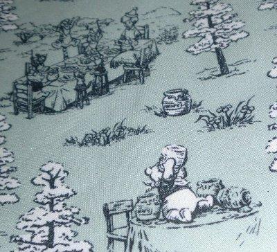 100エーカーの森のバッグ Produced by コールマン