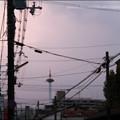 写真: KYOTOの夕暮れ…三十三間堂廻り町付近にて