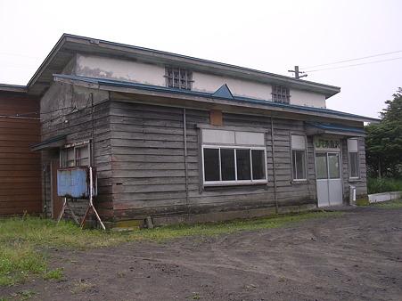 糸魚沢駅3