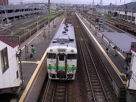 五稜郭駅ホーム2