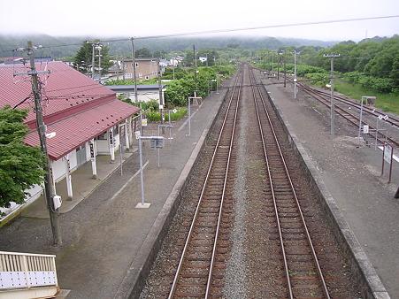 厚内駅ホーム1