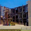 写真: 解体が進む、春日井の国道19号の旧・イズモ葬祭の建物 - 2