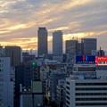 写真: 愛知芸術文化センターから見た、夕暮れ時の名駅ビル群 - 8