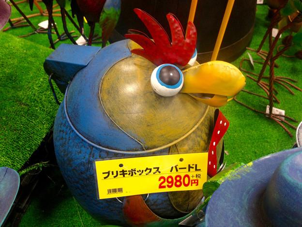 「Angry Birds」っぽい、ブリキの鳥の箱(?) - 2