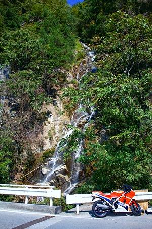 大鹿村の滝(SDIM0107)