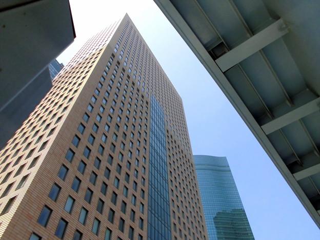 Metropolis_新橋-06