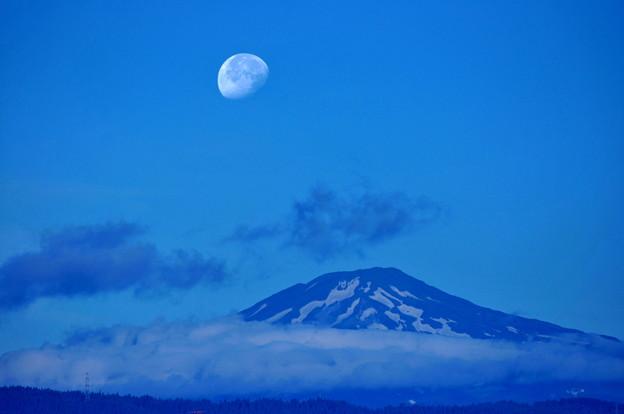 ブルー鳥海山