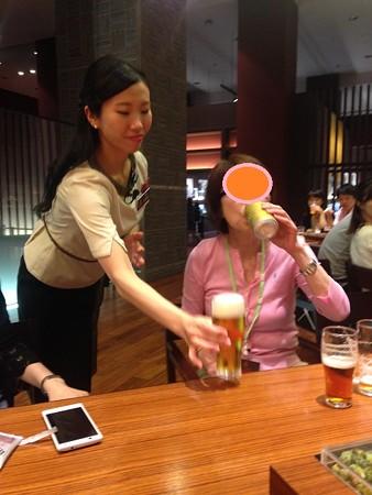 まずは缶ビール