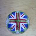 イギリス国旗を四つ葉のクローバー風に刺繍してみた