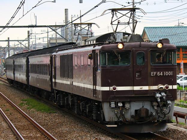 EF64-1001号機旧客かもしか返却回送