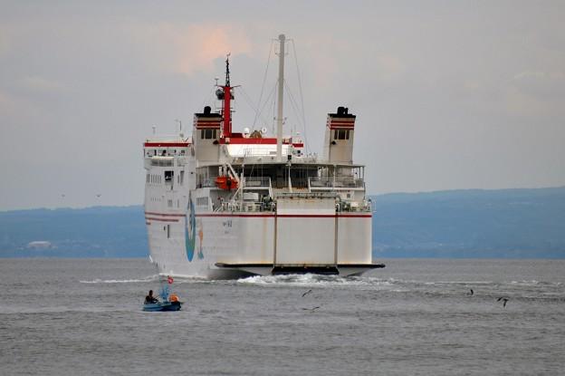 隠岐へ行く船-出港-