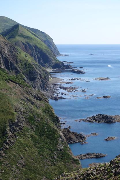 険しい海岸線