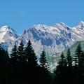 Photos: 電車から見た山