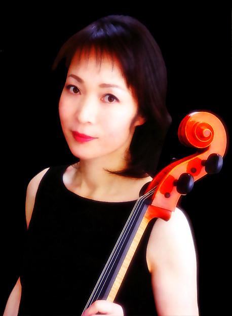 寺島都志子 てらしまとしこ チェロ奏者 チェリスト      Toshiko Terashima