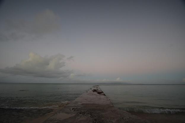 早朝の西桟橋