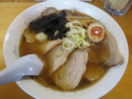満留栄 醤油チャーシューメン¥850