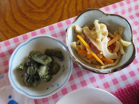 田舎喫茶 だんだんどうも 竹の子汁定食 副菜の様子