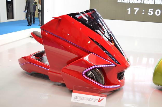 未来的なバイク