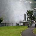Photos: ダム放水