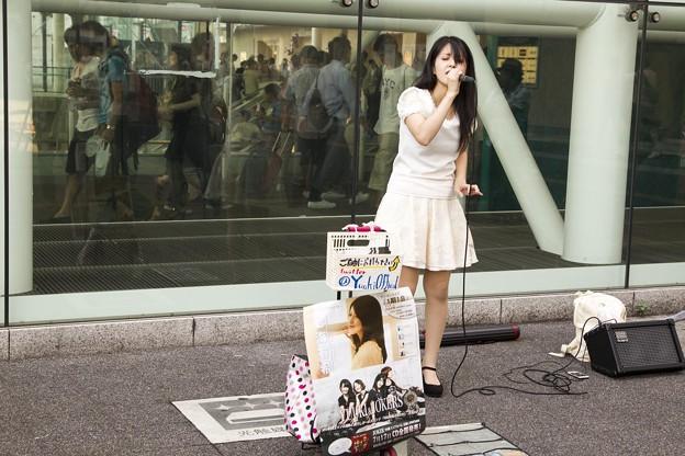 Photos: 七海有希 川崎駅前ストリートライブ BID74C3629