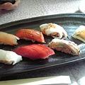 Photos: 築地で寿司なう(^q^) 玉子焼き教えてもらってただでもらえるのもやっ...