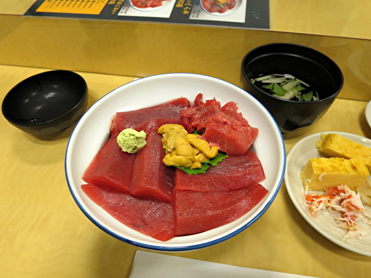 赤ウニ鮪丼
