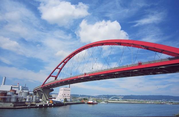 港をつなぐ橋(青岸橋)