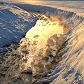 夕日を浴びた川もや~