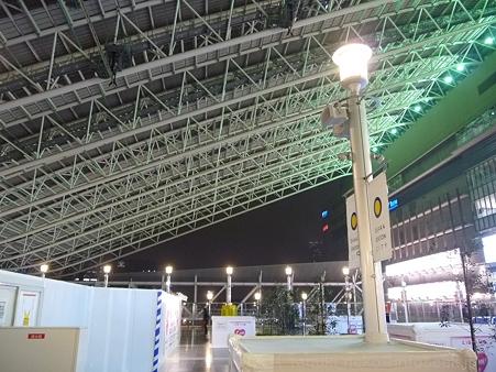 120305-大阪駅 (6)