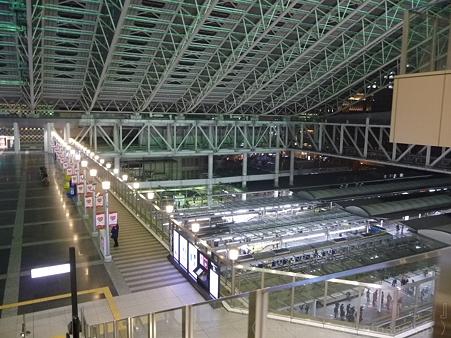 120305-大阪駅 (10)