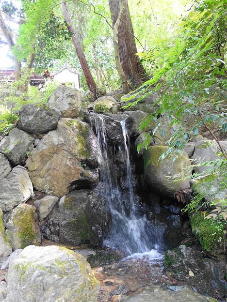 南禅寺 水路閣 横の小さな滝