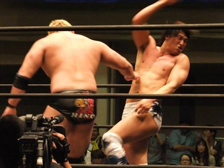 "DDT ""What are you doing 2012"" KO-D無差別級選手権試合 火野裕士vs飯伏幸太 (9)"