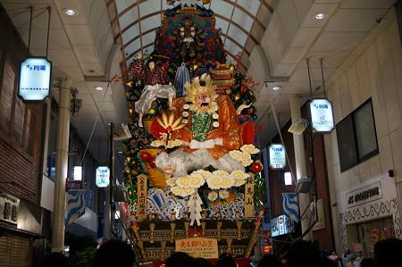 博多祇園山笠 2015年 走る飾り山笠 八番山笠 上川端通 (15)