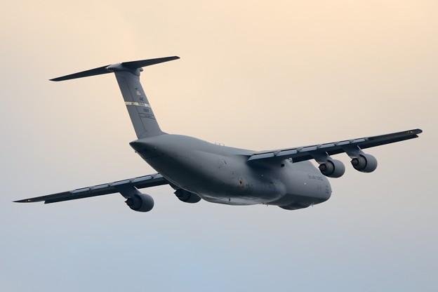 C-5Mスーパーギャラクシー離陸(4)