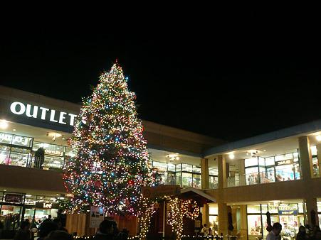 2011 グランベリーモール クリスマスツリー