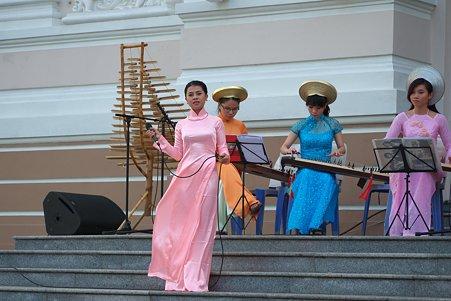 2012.03.12 ホーチミン市 オペラハウス