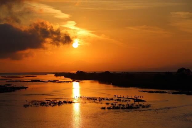 斐伊川の夜明け