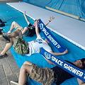写真: まもなく入場ゲートの看板作成です!東京のSSTVのスタッフの皆さん!京...