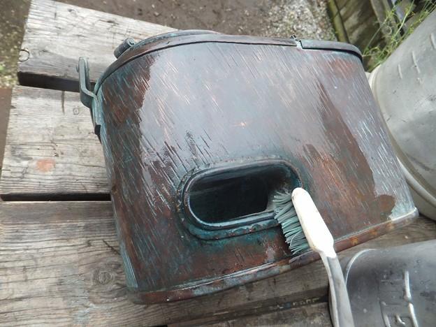 燗銅壺外部のリフレッシュ作業
