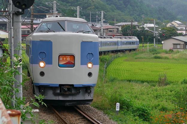M50 ホリデー快速富士山 4Kフォト