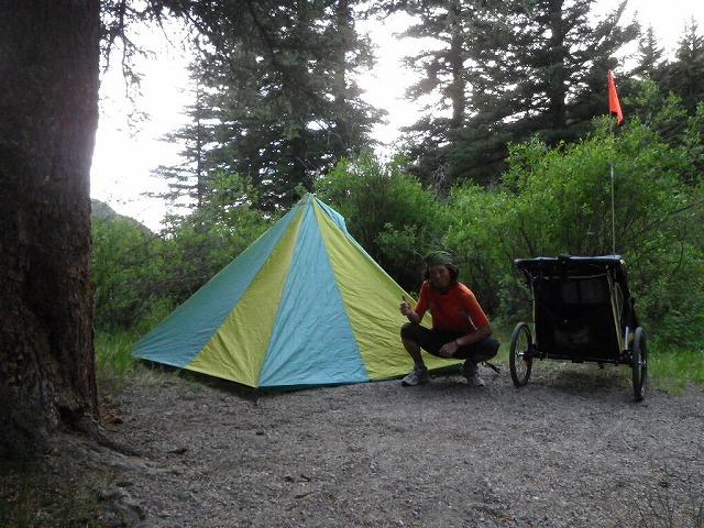 コロラド州ロッキー山中の公営キャンプ場。