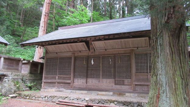 仁科神明宮(長野県大町市)