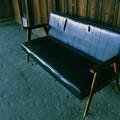 写真: 古びた椅子
