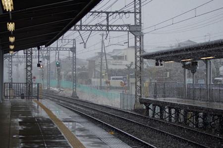 学園前駅の写真0001