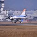 岐阜基地でしか見れないテスト機のF-2 #502・・