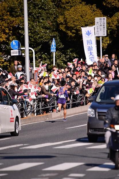 颯爽と駆け抜けて箱根駅伝 復路 沿道の応援も励みに・・20150103