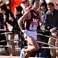 Photos: 復路9区 鶴見中継所手前のランナー:早大・・20150103