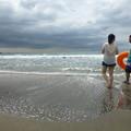 海辺のカップル@由比ヶ浜