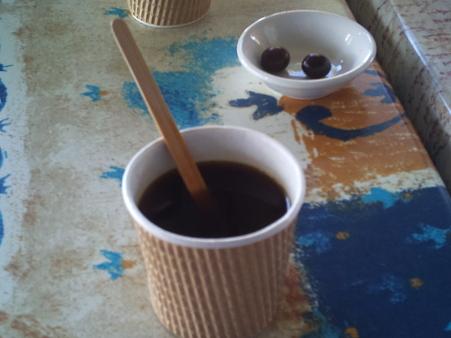 マリオさんのコーヒー農園で試飲
